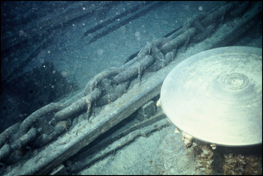 Titanic Expedition - Capstan and Anchor chain